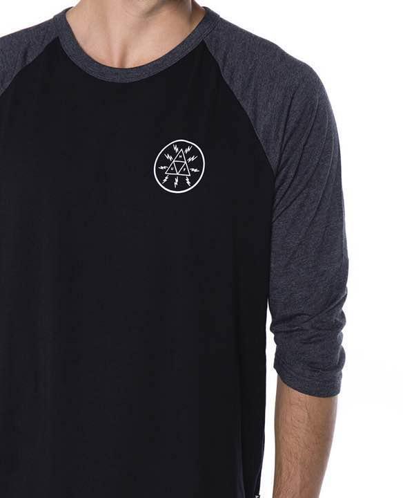 メルカリ huf triangle raglan black charcoal tシャツ カットソー