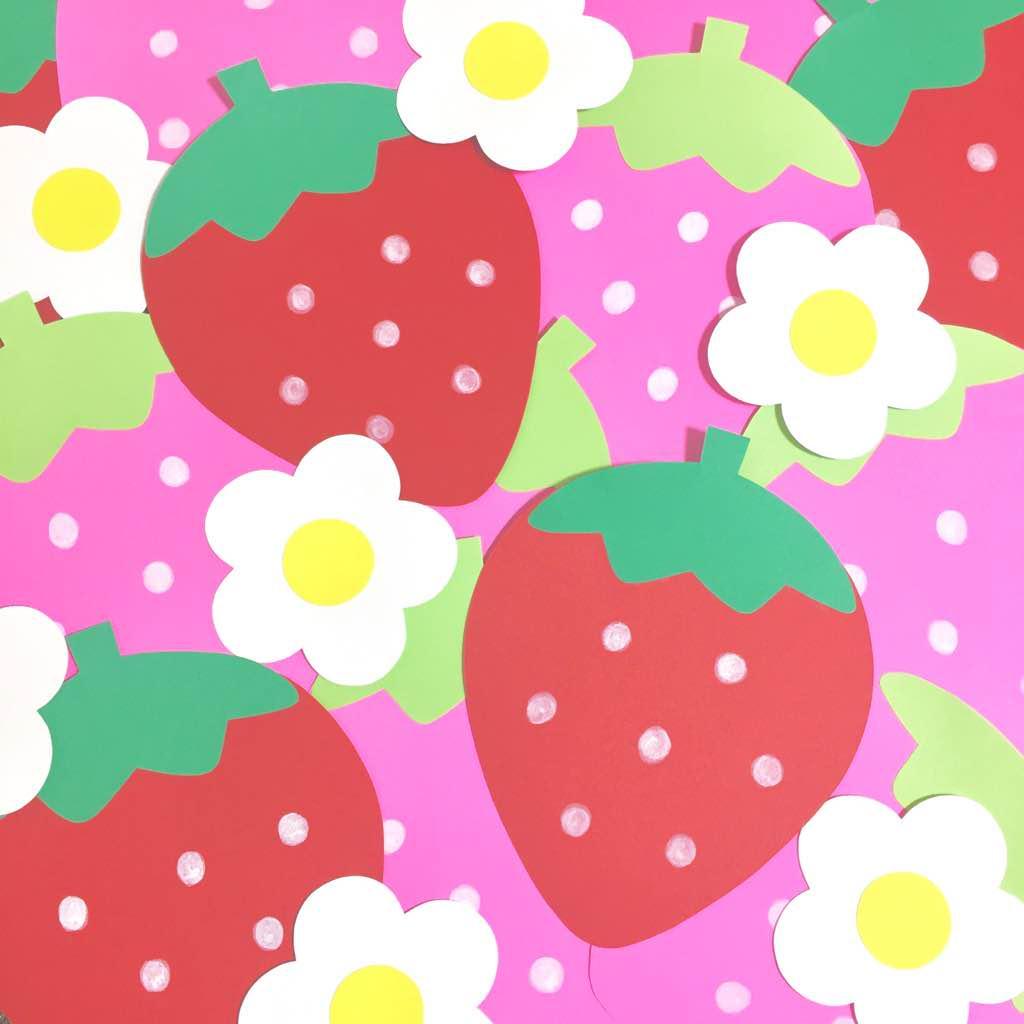 メルカリ - 【ハンドメイド】 かわいい♡いちごとお花の壁面飾り