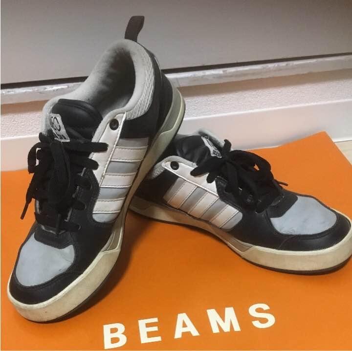 adidas スニーカー 26