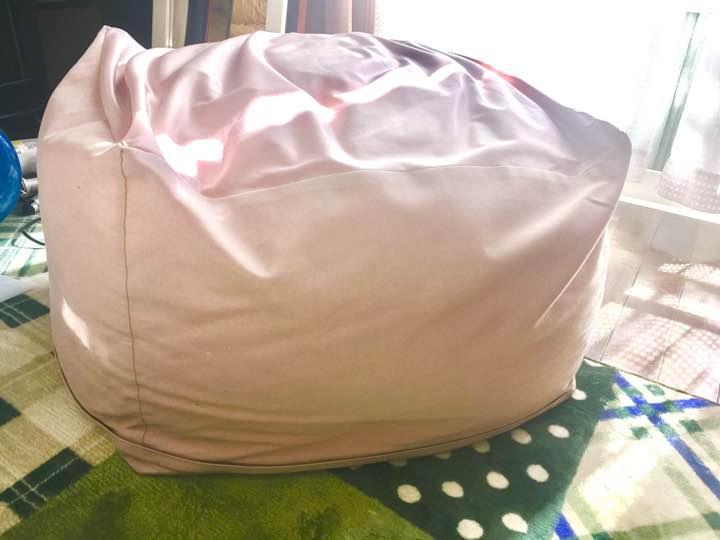 無印良品 体にフィットするソファ ミニ さくら 限定色 ビーズクッション