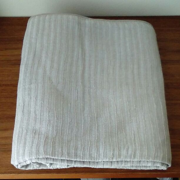 03>無印良品の綿シール織毛布