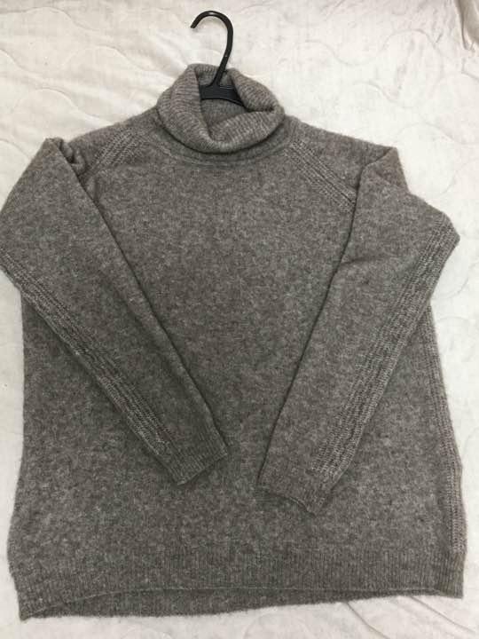 【るこ様専用】無印良品 ヤク混ブークレタートルネックセーター 婦人M