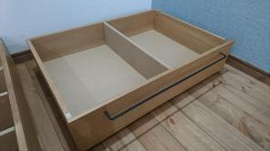 無印良品:『木製ベッドフレーム下収納』で無駄なく収納!