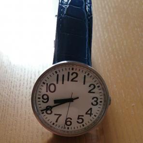 本体は超美品 無印良品 公園の時計 自動巻き腕時計 ラージサイズ セイコー